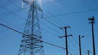 الفرق بين القدرة الكهربائية والطاقة الكهربائية