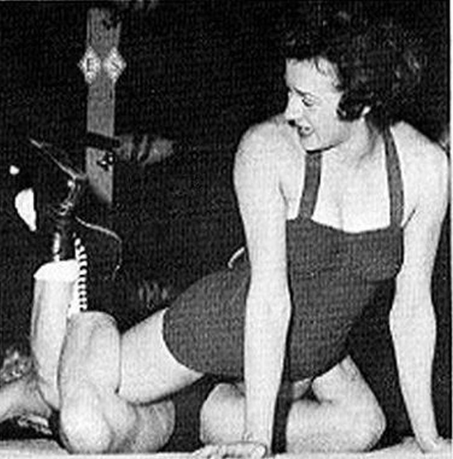 Womens Pro Wrestling More Old School Female Professional -1764