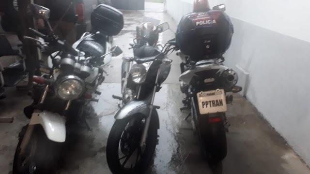 Adolescente de 14 anos é perseguido pela polícia de moto e causa acidente: moto foi presente do papai