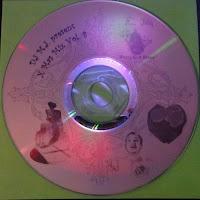 http://adf.ly/8579083/www.freestyles.ch/mp3/xmasmix/XMasMixVol8.mp3