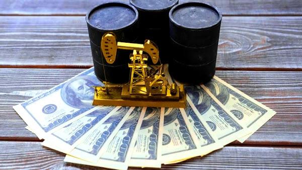 Почему эксперты советуют вкладывать деньги в нефть в 2021 году