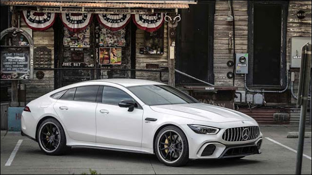 Dòng xe Mercedes AMG GT 4 cửa hiệu xuất cao chính thức nhận cọc tại Việt Nam