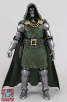 Marvel Legends Doctor Doom 03