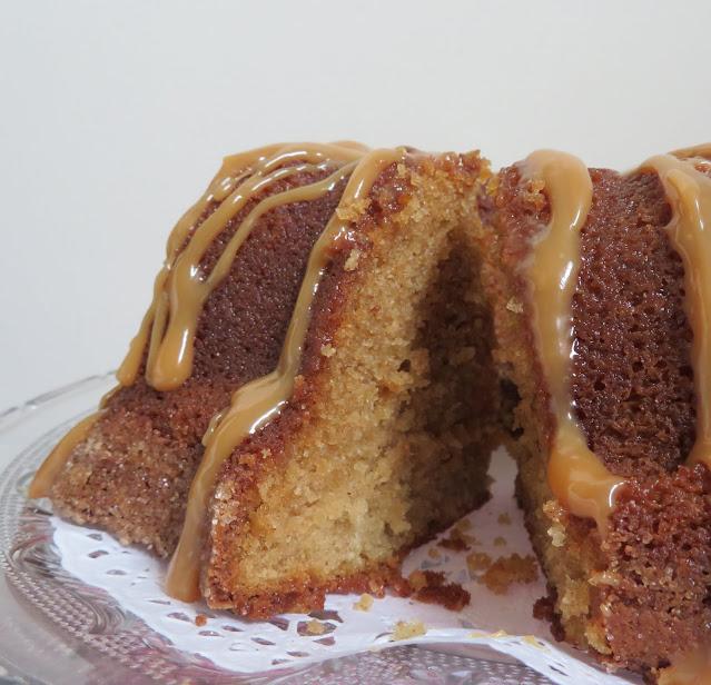 Caramel Snickerdoodle Cake