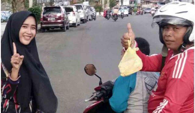 Dealer Honda SKM Bagi Takjil Gratis