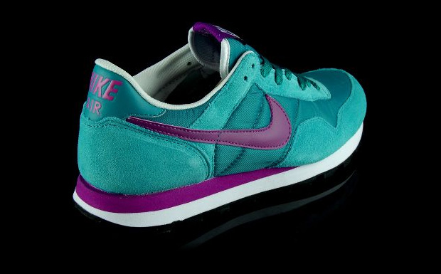Among Nike s Holiday  09 releases is this new colourway for the Air Pegasus  89 model 6716e325c