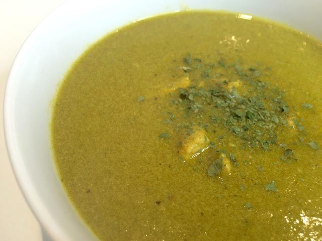 Chicken Spinach Soup Yvonne Dzifa www.yvonnedzifa.com