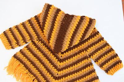 3 - Crochet Imagen Capucha para poncho de otoño a crochet por Majovel Crochet