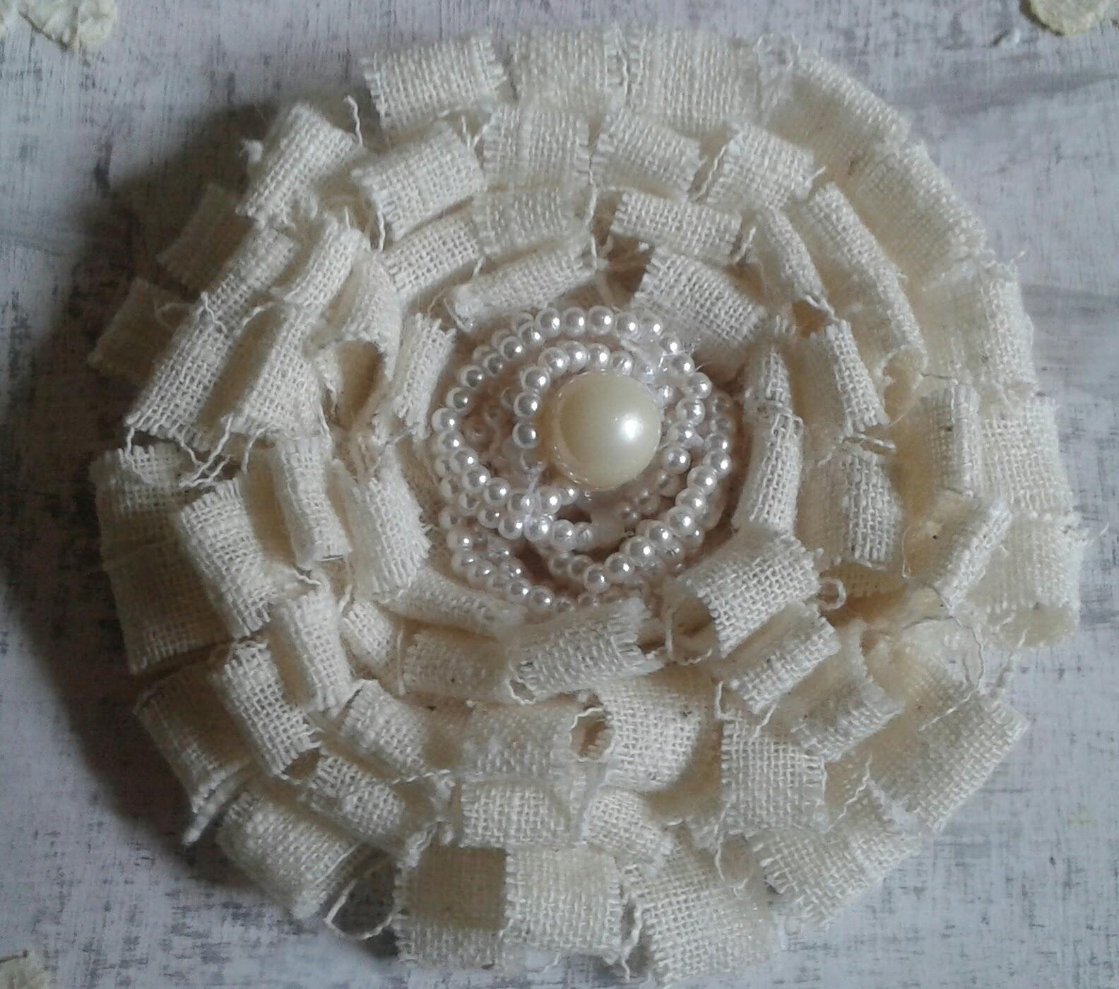 Fiore di stoffa shabby centomilaidee for Fiori di stoffa shabby chic