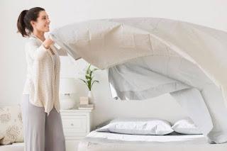 Jangan Malas Mengganti Sprei Tempat Tidur, Karena 5 Bahaya Kesehatan ini Bisa Mengincar Kita loh