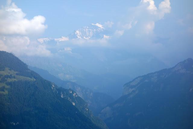 Interlaken, Switzerland, Eiger, Jungfrau, Monch, Canyoning, Paragliding, Via Ferrata, White Water Rafting, Brienz, Thun, Mountains, Alps, bern, Bernese Alps, Swiss Alps, adventure, Chli Schliere, adrenaline, lutschine, Lauterbrunnen, Schilthorn, Harder Kulm, Murren, Trummelbach Falls,