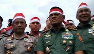 Kepala Kepolisian RI Jenderal Tito Karnavian dan Panglima TNI Jenderal Gatot Nurmantyo