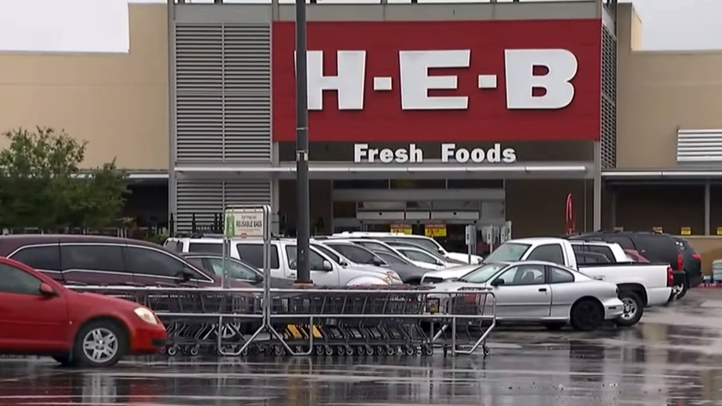 The grocery war is on: H-E-B is making its move into D-FW