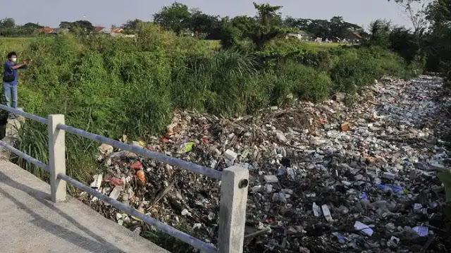 Kali Busa Tambun Utara Kembali Viral Karena Sampah