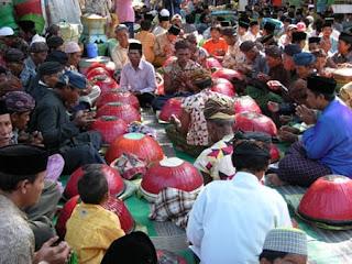 Upacara Ritual Nyadar