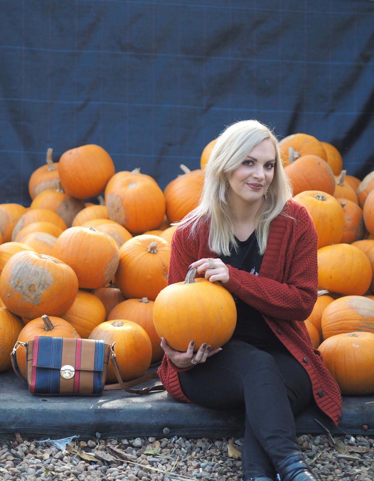 Autumn Oranges & Pumpkin Picking, Katie Kirk Loves, UK Blogger, Fashion Blogger, Oasis Fashion, Autumn Style, Autumn Outfit Ideas, Autumn Fashion, Asos, Boohoo, Yumi, Next, Accessorize, Style Blogger, Fashion Influencer, Style Influencer, Fashion Discount Code