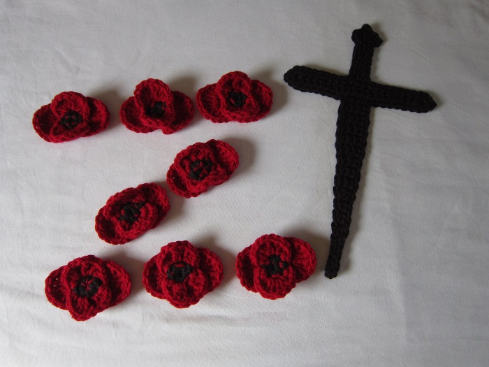 free crochet pattern, applique, dagger, HDML 1321