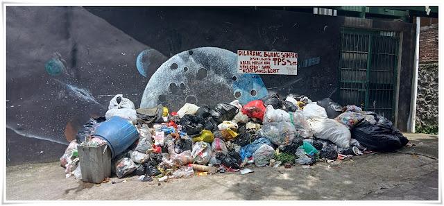 Tempat pembuang sampah