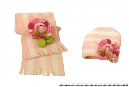 Gorro y bufanda polar con aplique para nena. Manualidades con tela
