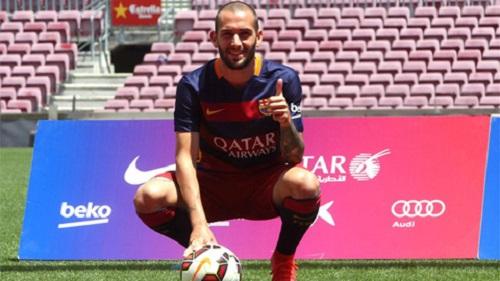Vidal ngày quay trở lại với Barca thi đấu khá mờ nhạt và không ấn tượng