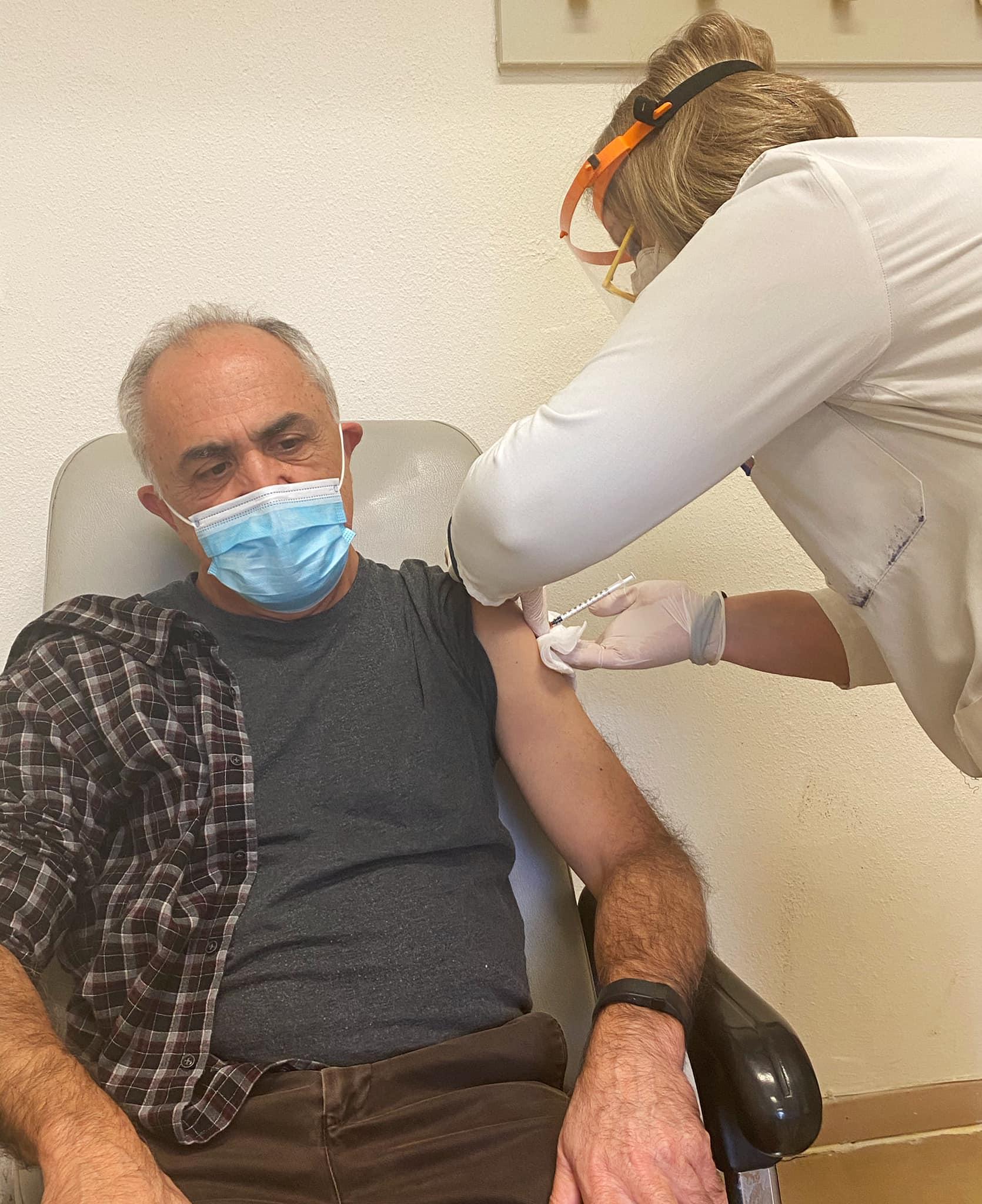 Ξεκίνησαν οι εμβολιασμοί στους υγειονομικούς στη Θράκη