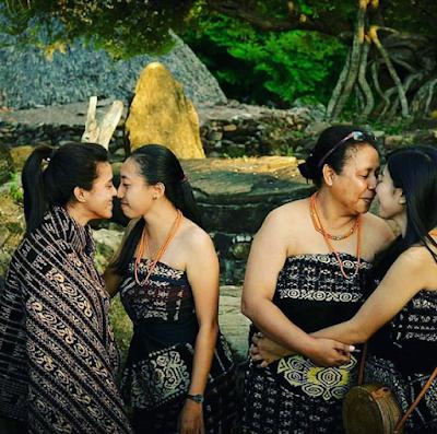 ium Hidung ( Henge'do) Tradisi Budaya Suku Sabu Nusa Tenggara Timur