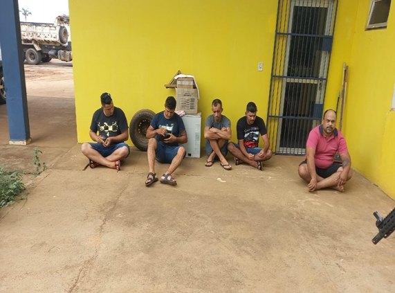 Quadrilha de Porto Velho é presa na BR-364 após invadir Banco do Brasil