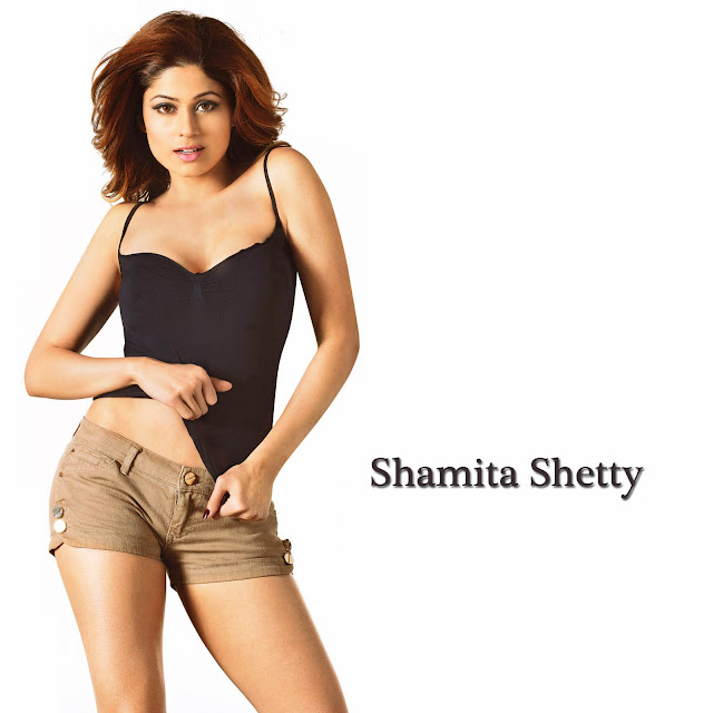 Hot Unwatermarked Wallpaper Of Shamita Shetty, Wearing