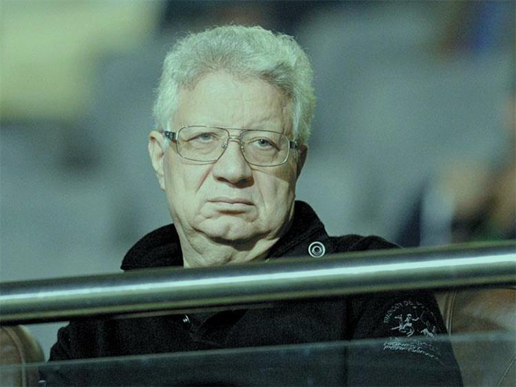 مرتضى منصور يطالب لاعبي الزمالك بمواصلة الانتصارات والتأهل لنصف نهائي دوري الابطال