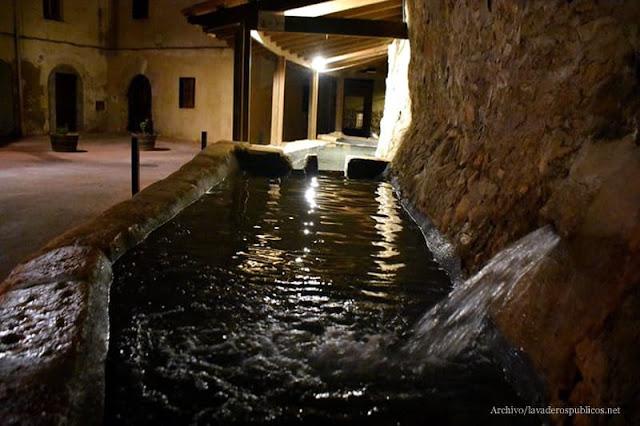 Safareigs i abeuradors de Torrelles de Foix