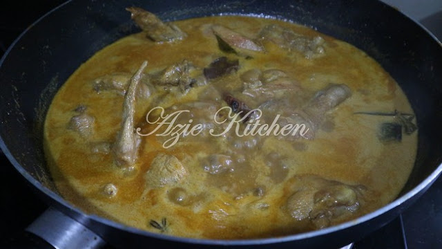 Kari Ayam Azie Kitchen