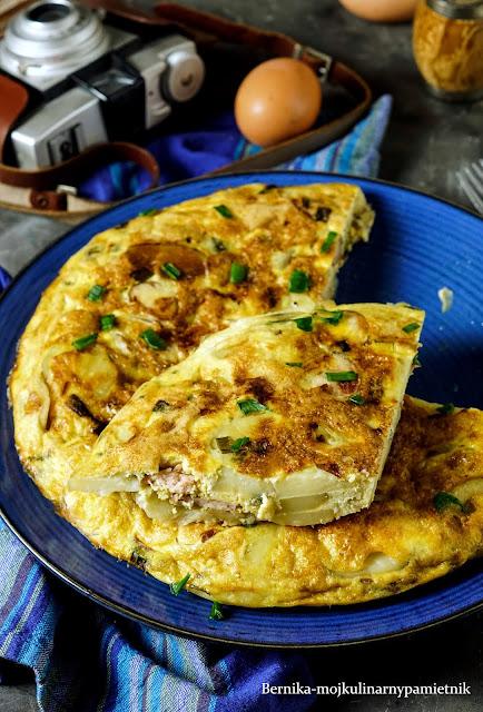 ziemniaki, tortilla, patatas, kuchnia hiszpanska, obiad, bernika, kulinarny pamietnik