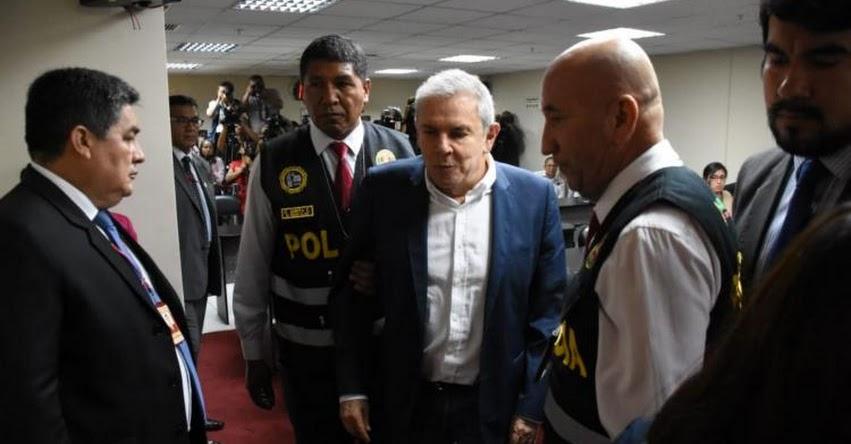 LUIS CASTAÑEDA LOSSIO: Poder Judicial ordena 24 meses de prisión preventiva a Ex Alcalde de Lima