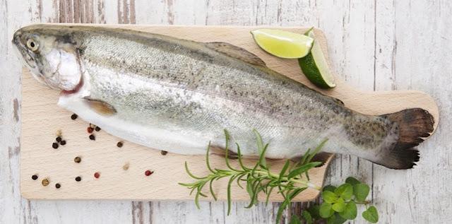 Tips Menghilangkan Bau Amis saat Memasak Ikan