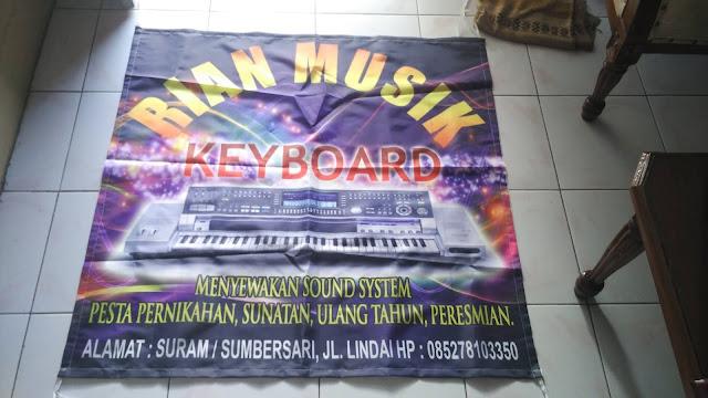 Spanduk Kain Rian Musik Keyboard