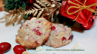 Fresh Cranberry White Chocolate Chip Oatmeal Cookies