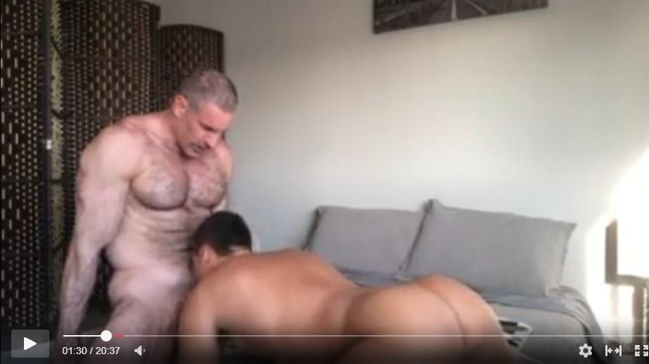 mamando al vecino