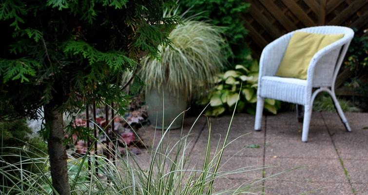 Gestalten mit Pflanzen als Gartendeko