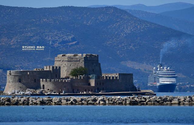 Στο Ναύπλιο το τεράστιο κρουαζιερόπλοιο Eurodam με 2000 επιβάτες