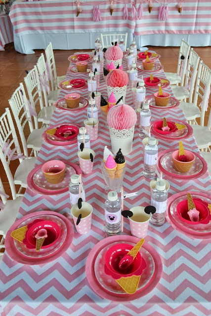a perfect table setting