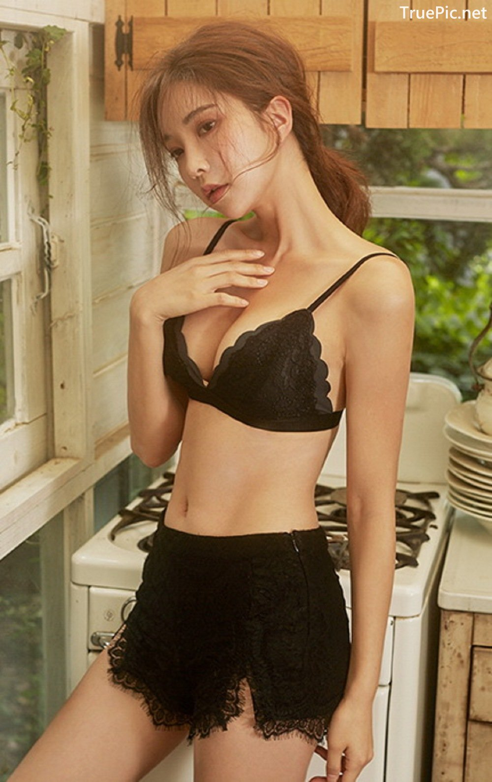 Image-Park-Soo-Yeon-Black-Red-and-White-Lingerie-Korean-Model-Fashion-TruePic.net- Picture-6