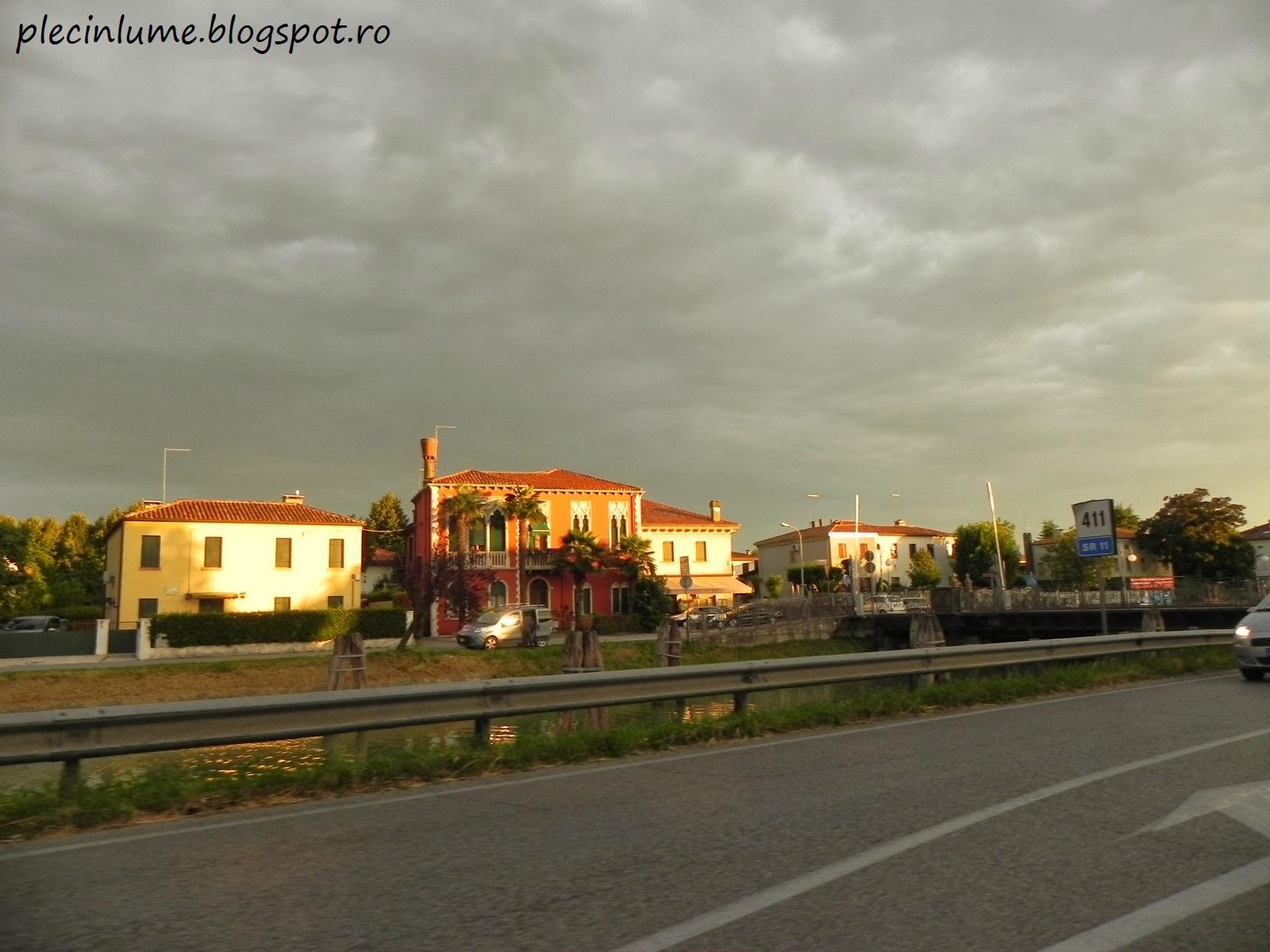 Intr-un sat din Italia, la apus