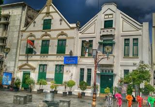 http://www.teluklove.com/2017/04/pesona-keindahan-wisata-museum-wayang.html