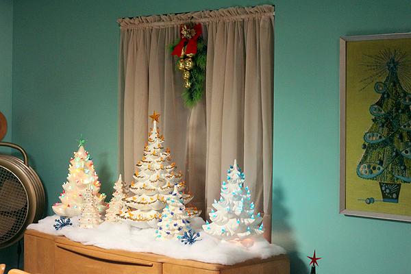Sherri's Epic Mid Century Modern Christmas Decoration