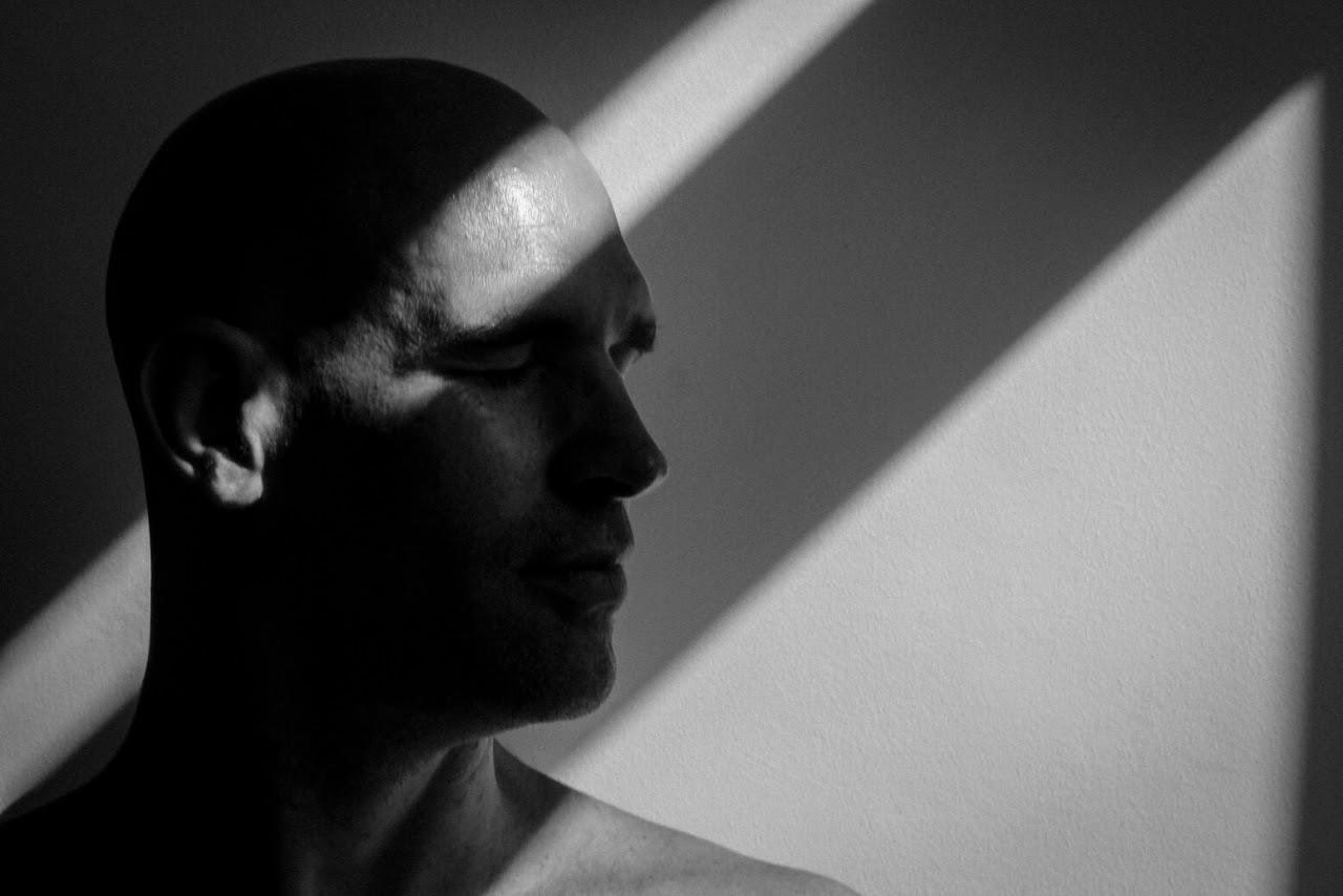 LighT FeelinG (I), by Bernard André ft Benoit Havelange