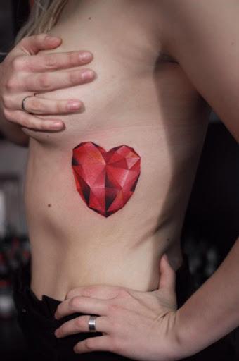 Este coração em forma de jóia