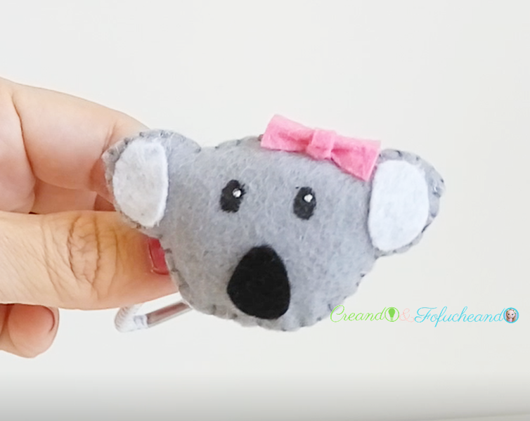 coletero-de-koala-accesorios-para-niñas-Koalas-de-fieltro-creandoyfofucheando