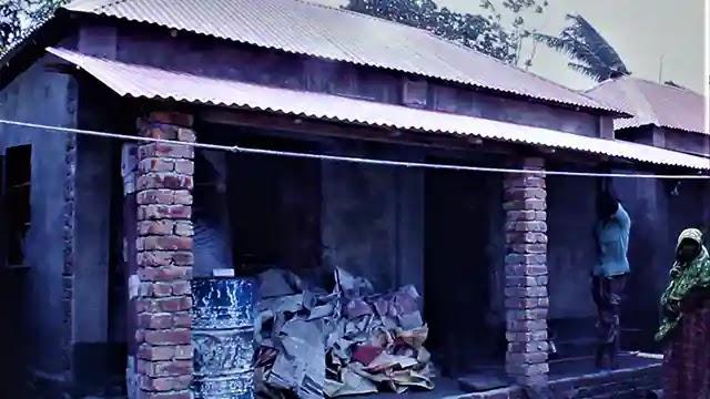 জীবন কাটলো ঝুপড়িতে, প্রধানমন্ত্রীর পাকা ঘরে থাকবো কখনো ভাবিনি