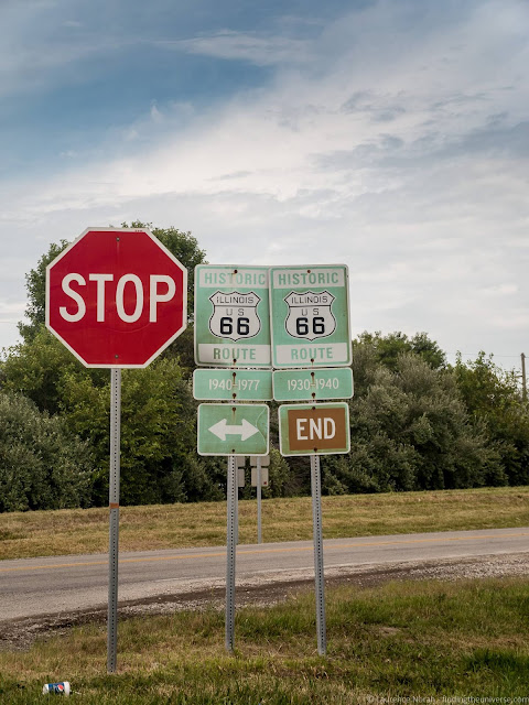 Route 66 Road Sign Illinois_by_Laurence Norah