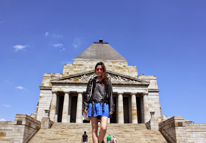 Visiting the Shrine of Remembrance